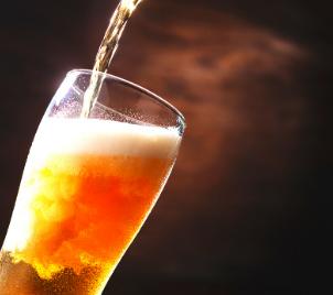 Zážitkový kurz čepování piva Pilsner Urquell + prohlídka pivovaru