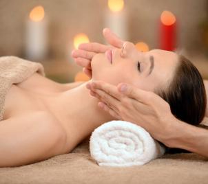 Senzuální tantra masáž