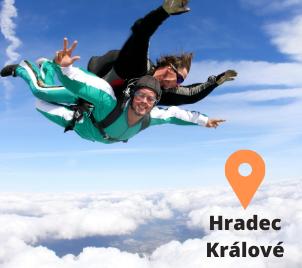 Tandemový seskok padákem Hradec Králové